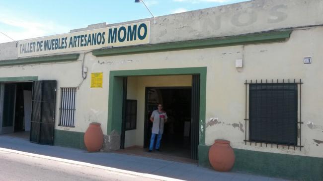 MUEBLES ARTESANOS MOMO