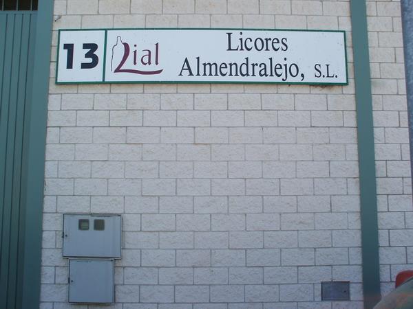 LICORES ALMENDRALEJO, S.L.