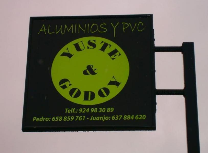 ALUMINIOS Y PVC YUSTE Y GODOY
